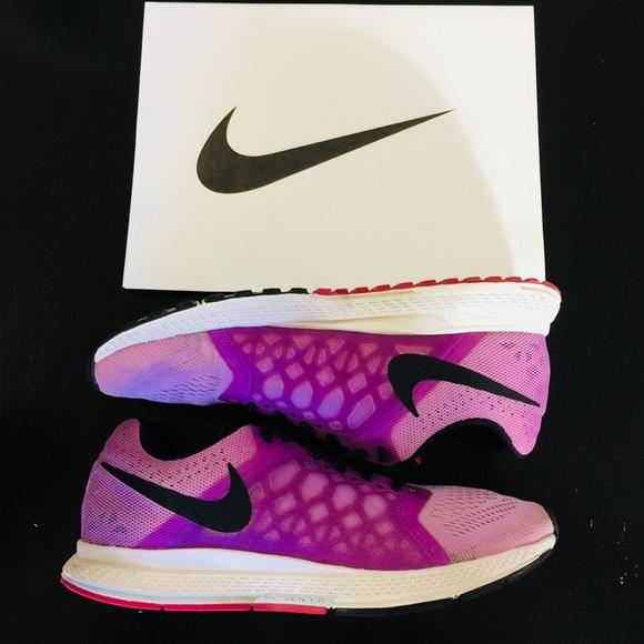 Nike zoom Pegasus 31 size 9